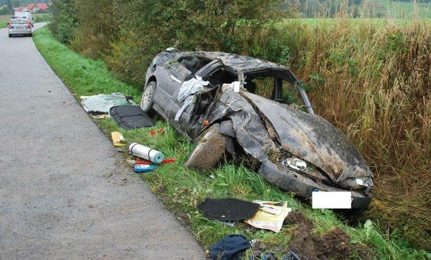 24-letni kierowca dachował alfa romeo