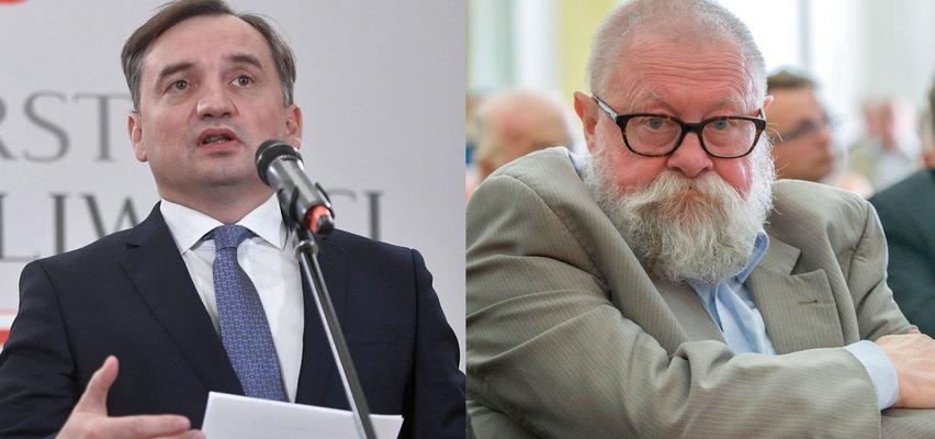 """Ziobro grozi """"miękiszonem"""", prof. Bralczyk wyjaśnia"""