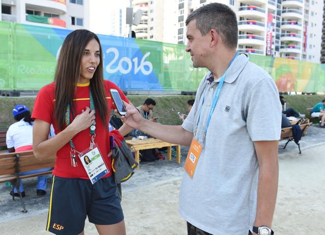 Eva Kalvo Gomes sa našim izveštačem u Riju