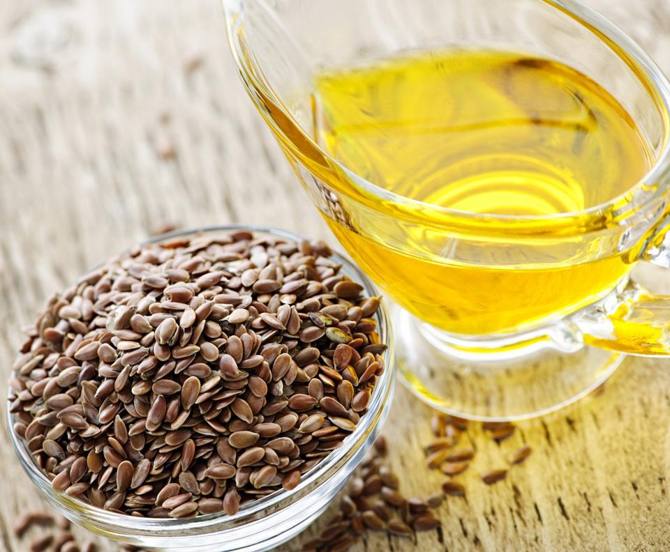4. Olej lniany to najlepsze źródło kwasów omega-3