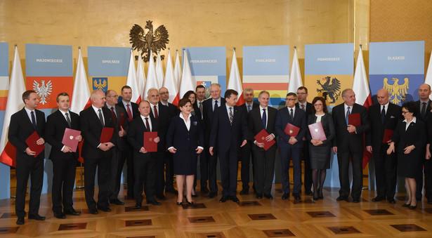 Premier powołała 16 nowych wojewodów.