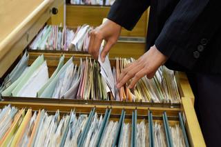Brak jednolitych zasad dotyczących przechowywania dokumentów z zakresu bezpieczeństwa i higieny pracy