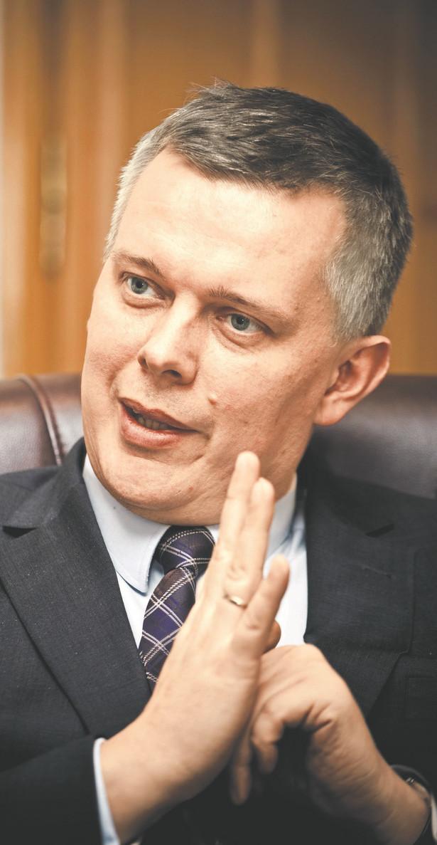 """Już dzisiaj na spotkaniu władz PO i w toku najbliższego posiedzenia Sejmu będziemy chcieli rozmawiać z partnerami opozycyjnymi po to, aby taki front obrony konstytucji powstał""""- powiedział Tomasz Siemoniak"""