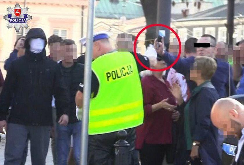 Zaatakował policjanta gazem pieprzowym.