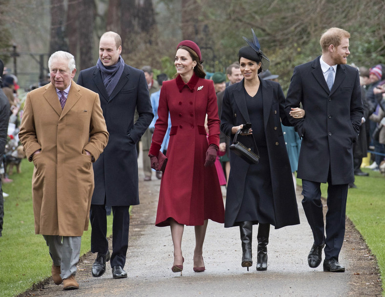 Meghan, Harry, William, Kate i książę Karol w Sandringham w 2018 roku