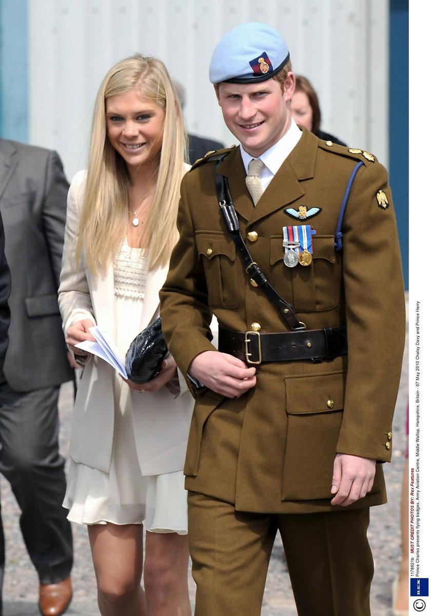 Książe kończy swoją karierę w wojsku