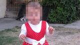 Dwuletnia Anielka płonęła przed domem. Jej tatę znaleźli martwego w środku