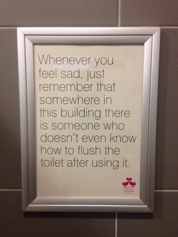Napisy w toaletach publicznych
