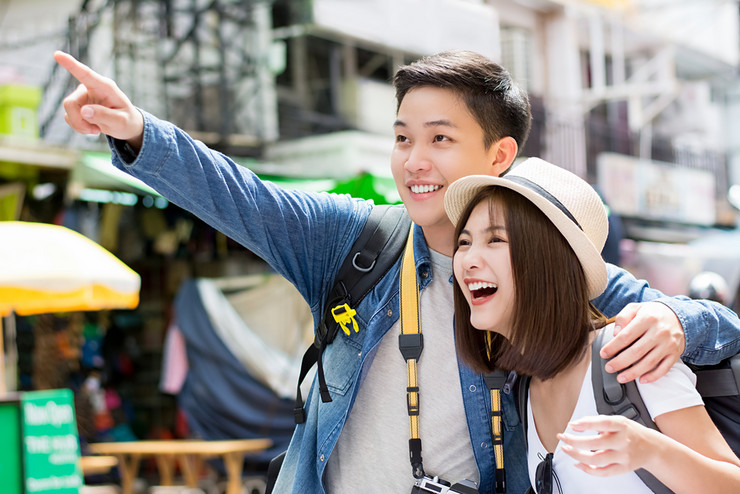 kineski turisti shutterstock_759316894