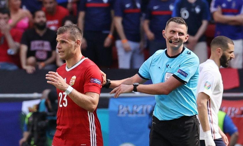 Michael Oliver w dobrym humorze zakończył mecz Węgry-Francja