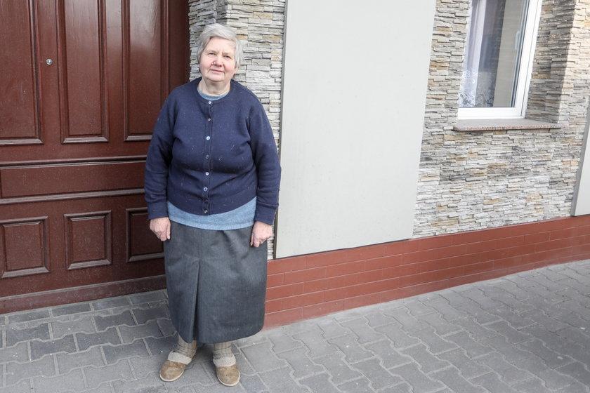 Niemieckimi jajami wandale obrzucają polską wieś