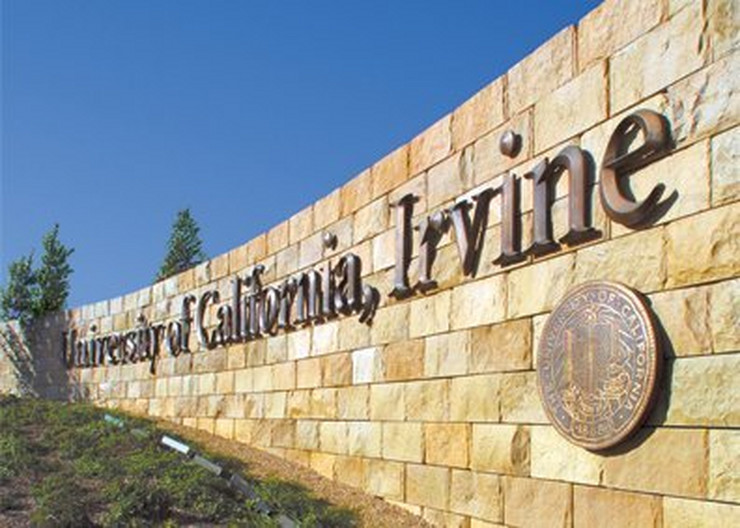 UC Irvine, koledž Irvin u Kaliforniji Wikipedia Public domain