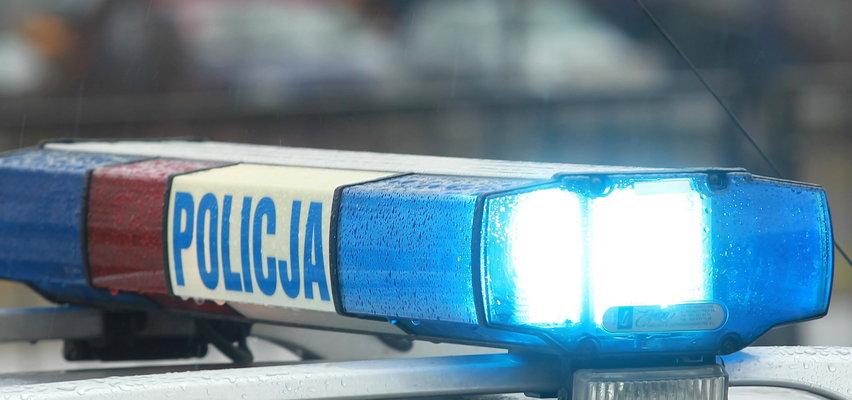Kierowca potrącił dwóch chłopców i próbował uciec. Policja użyła broni