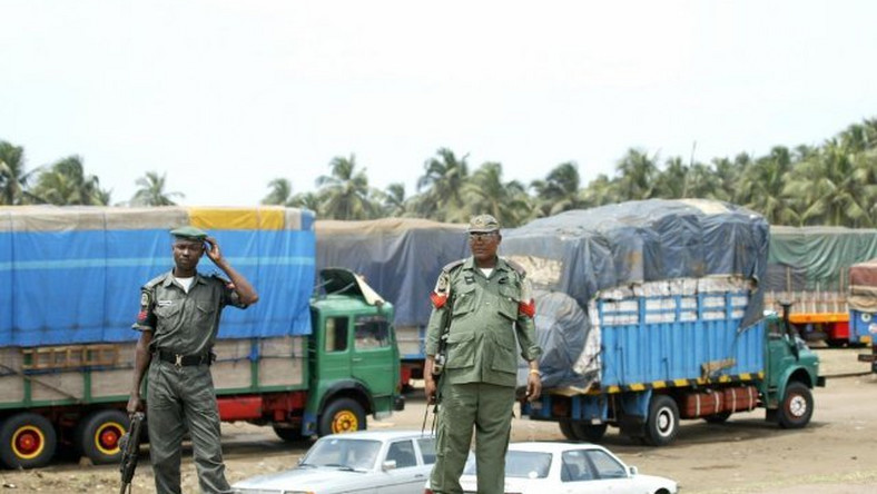 Nigeria, Benin and Niger have set up a committee to address smuggling of goods into Nigeria. (Punch)