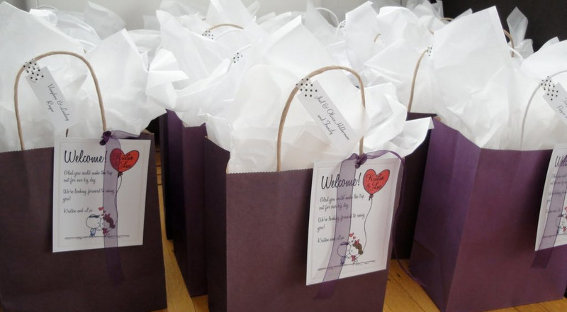 Your guests will definitely appreciate these souvenirs on your 'big day'