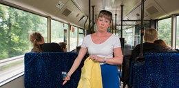Zniszczyłam spodnie w autobusie!