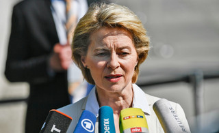 Demokracja z bagienka, czyli zabawa w spitzenkandidata. Co oznacza nominacja Ursuli von der Leyen na szefową KE?
