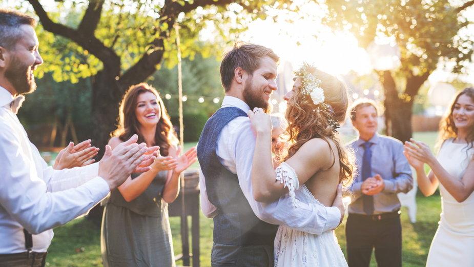 Co robić, gdy wielu gości odmawia przybycia na wesele?