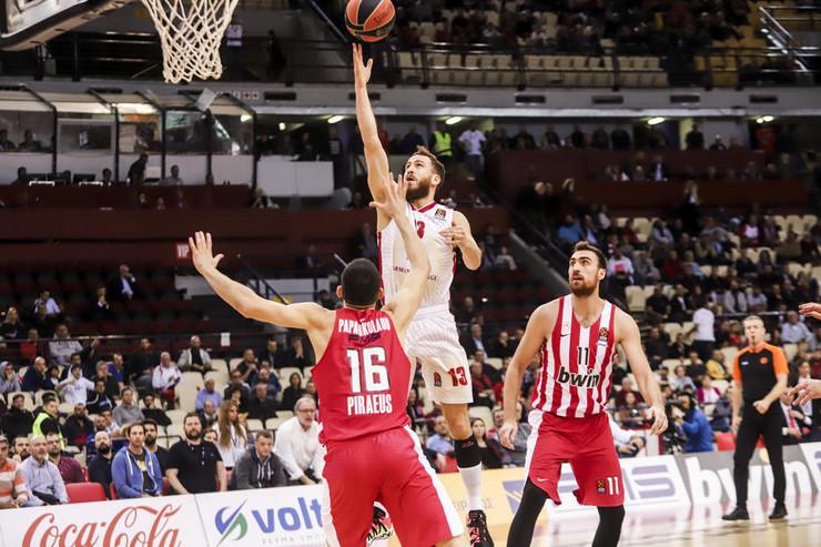 Olimpijakos - Armani