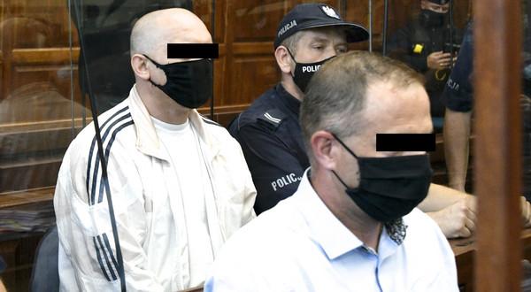Zbrodnia w Miłoszycach. Biegły potwierdził, że DNA z próbek badań należą do oskarżonych.