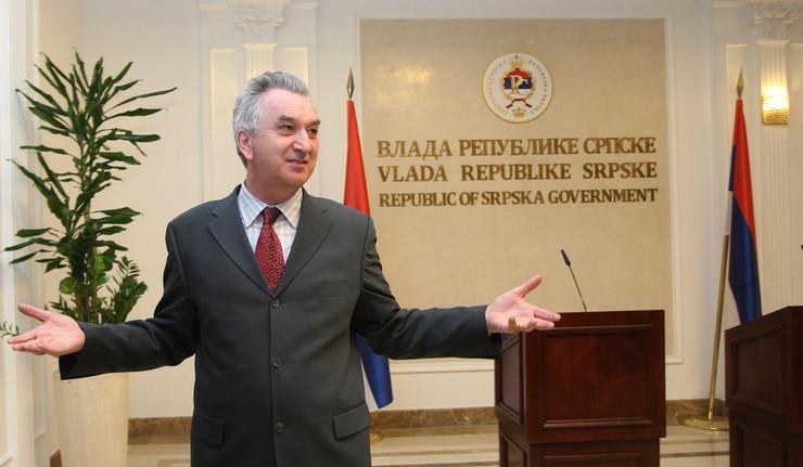 Mirko Sarovic Ministar spoljne trgovine i ekonomskih odnosa BiH