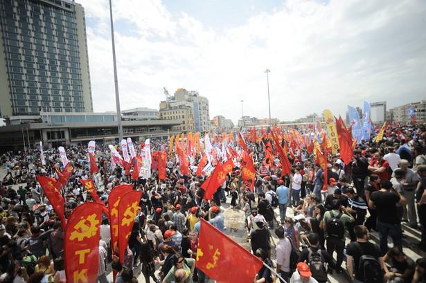 Taksim Square - Turkowie protestowali przeciwko budowie centrum handlowego.