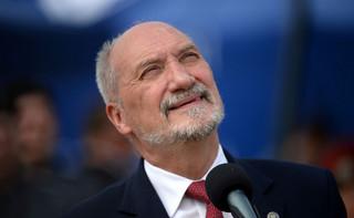 Macierewicz: Sprawa Autosanu ma aspekt skandaliczny a wręcz kryminalny