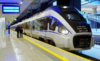 UTK: W kwietniu przewozy pasażerskie spadły o 77 proc.
