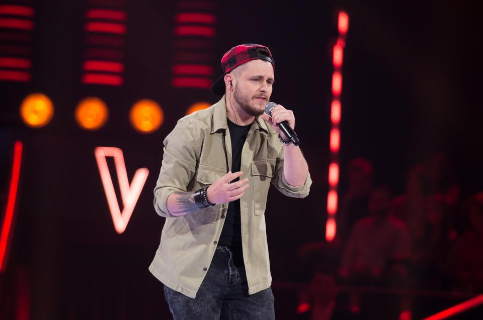 "Mateusz Pszonak w ""The Voice of Poland 11"""