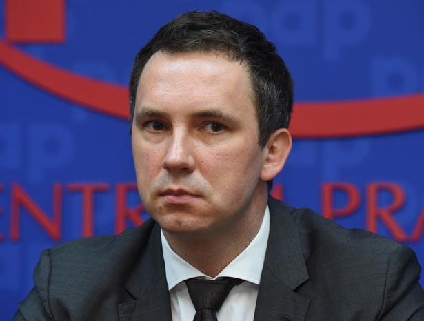 Radosław Śmigulski - przedsiębiorca, producent filmowy, nowy szef Polskiego Instytutu Sztuki Filmowej. Fot. PAP / Radek Pietruszka