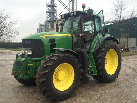 Traktor-John-Deere