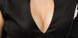 Oto piersi córki Clinta Eastwooda. Foto