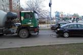 NIS02 Lancani sudar na Bulevaru Nemanjica u kojem je ucestvovala i kamion mesalica za beton foto Branko Janackovic