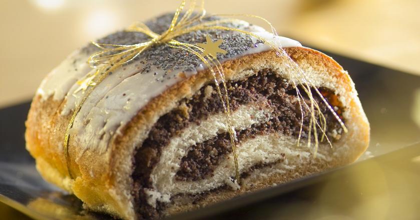Makowiec to ciasto, które zna absolutnie każdy Polak.