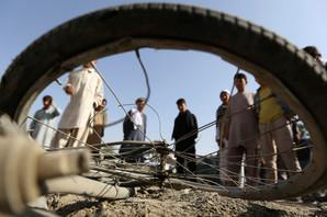 TALIBANI I ISIS SEJU STRAH U AVGANISTANU Samoubilački napad u prestonici, ČETVORO MRTVIH