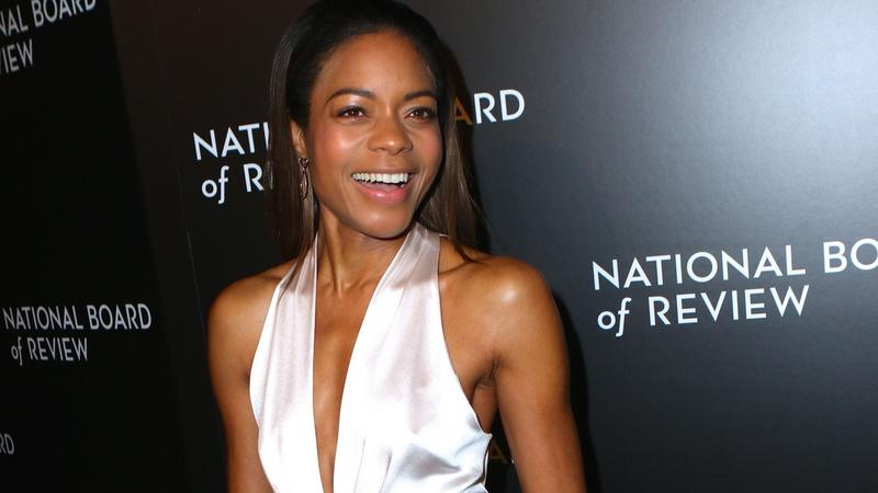 Naomie Harris znów zachwyca. Na gali National Board of Review pokazała klasę