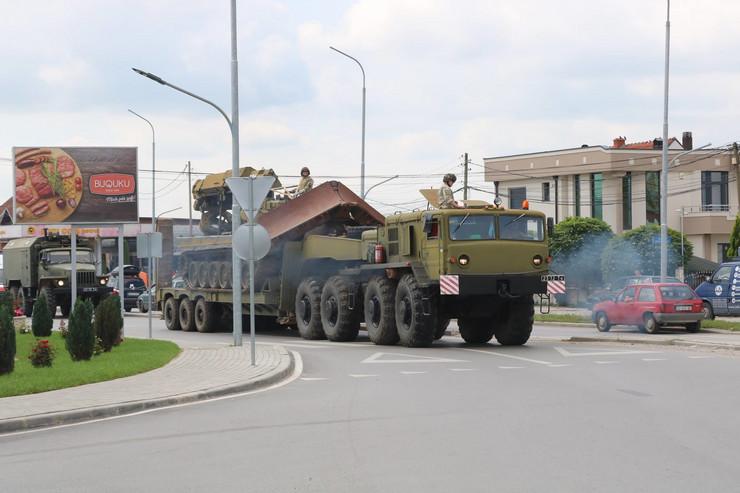 Kfor, Kosovo, Vežba