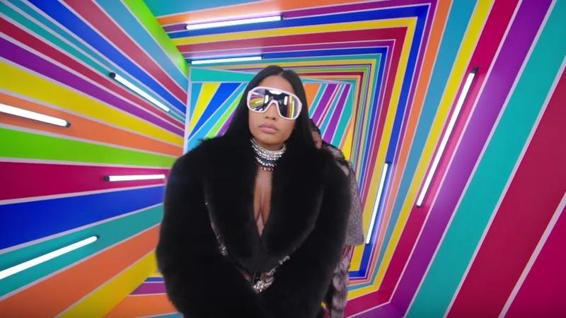 Jason Derulo - Swalla (feat. Nicki Minaj & Ty Dolla $ign) - kadr z teledysku