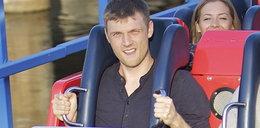 Gwiazdor Backstreet Boys w lunaparku. Poznajecie go?