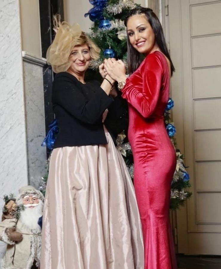 Dijana Milojković i Isidora Bjelica