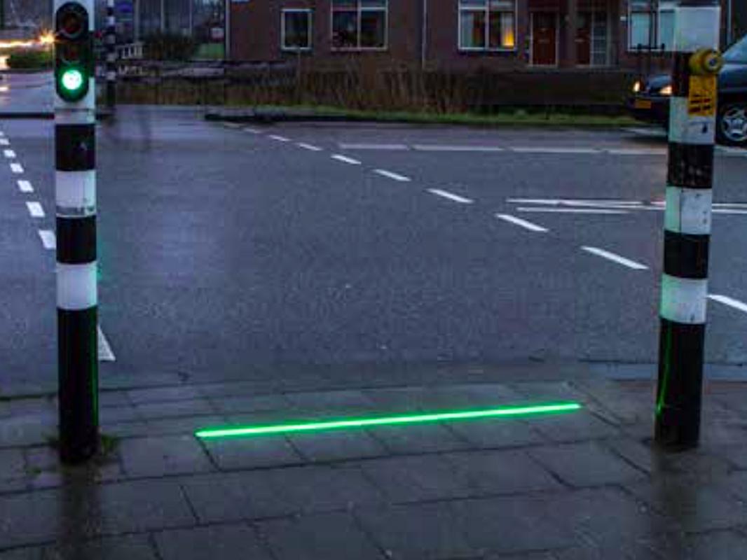 Sygnalizacja świetlna w chodniku