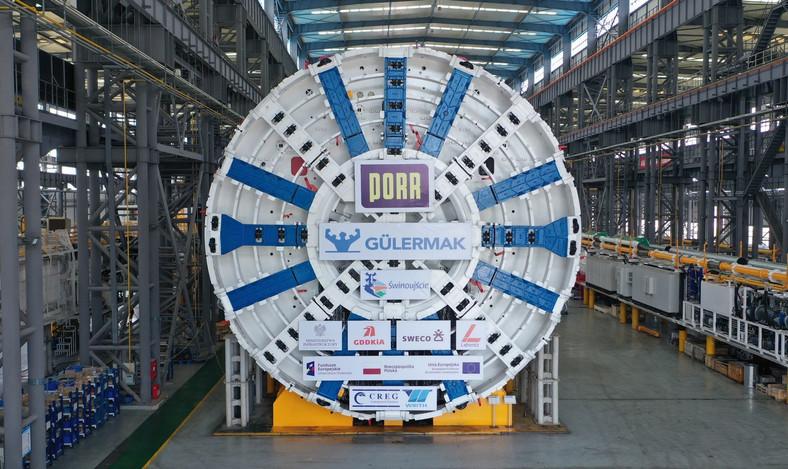 Maszyna drążąca tunel drogowy już w Świnoujściu