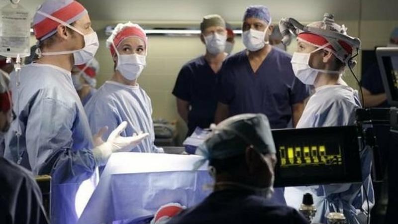 """""""Chirurdzy 8"""": zdjęcia z odc. 11 pt. """"This Magic Moment"""""""