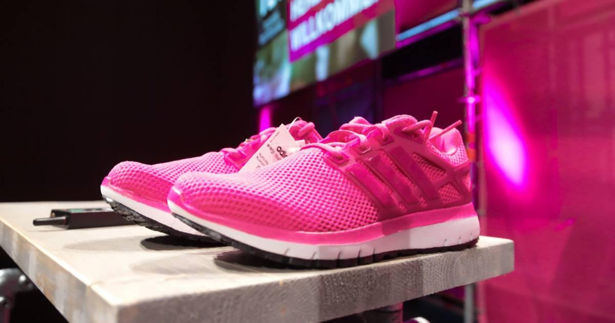 Liebe Telekom, keiner braucht eure Adidas-Sneaker! - Noizz f0586280ed