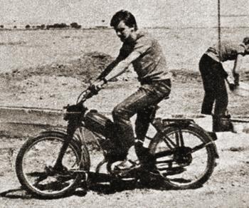 Komar - pojazd wypadowy ekspedycji