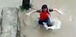 Studzienka na ulicy wessała dziewczynkę