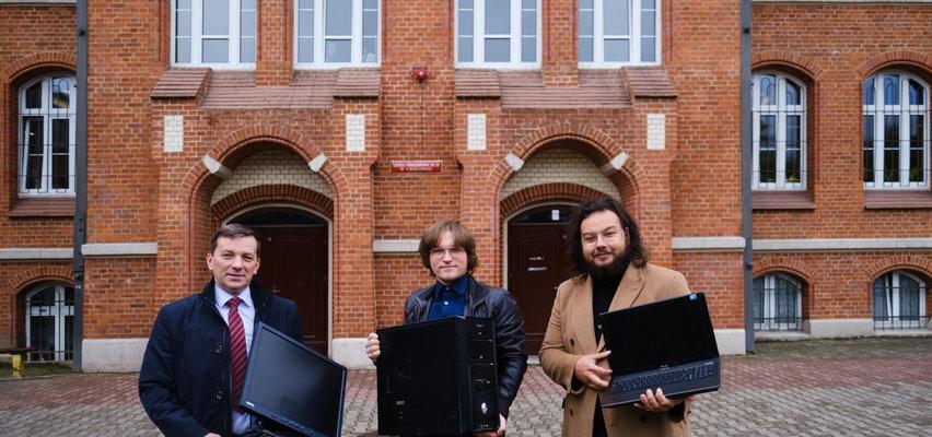Naprawione komputery trafiły do szkoły