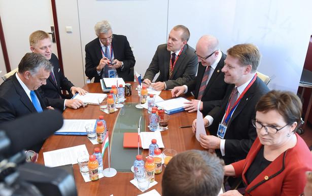 Liderzy Unii zajmą się dziś m.in. kwestią wzmocnienia unijnych granic zewnętrznych i wsparciem finansowym dla krajów zmagających się z największym napływem uchodźców