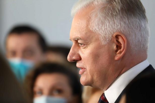 Lider Porozumienia Jarosław Gowin podczas konferencji prasowej w Sejmie w Warszawie.