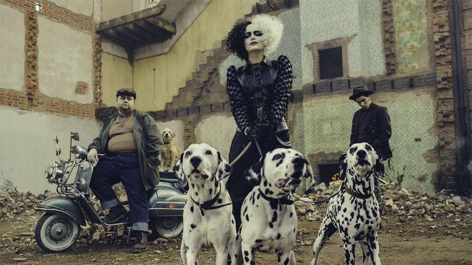 """Emma Stone w filmie """"Cruella"""""""